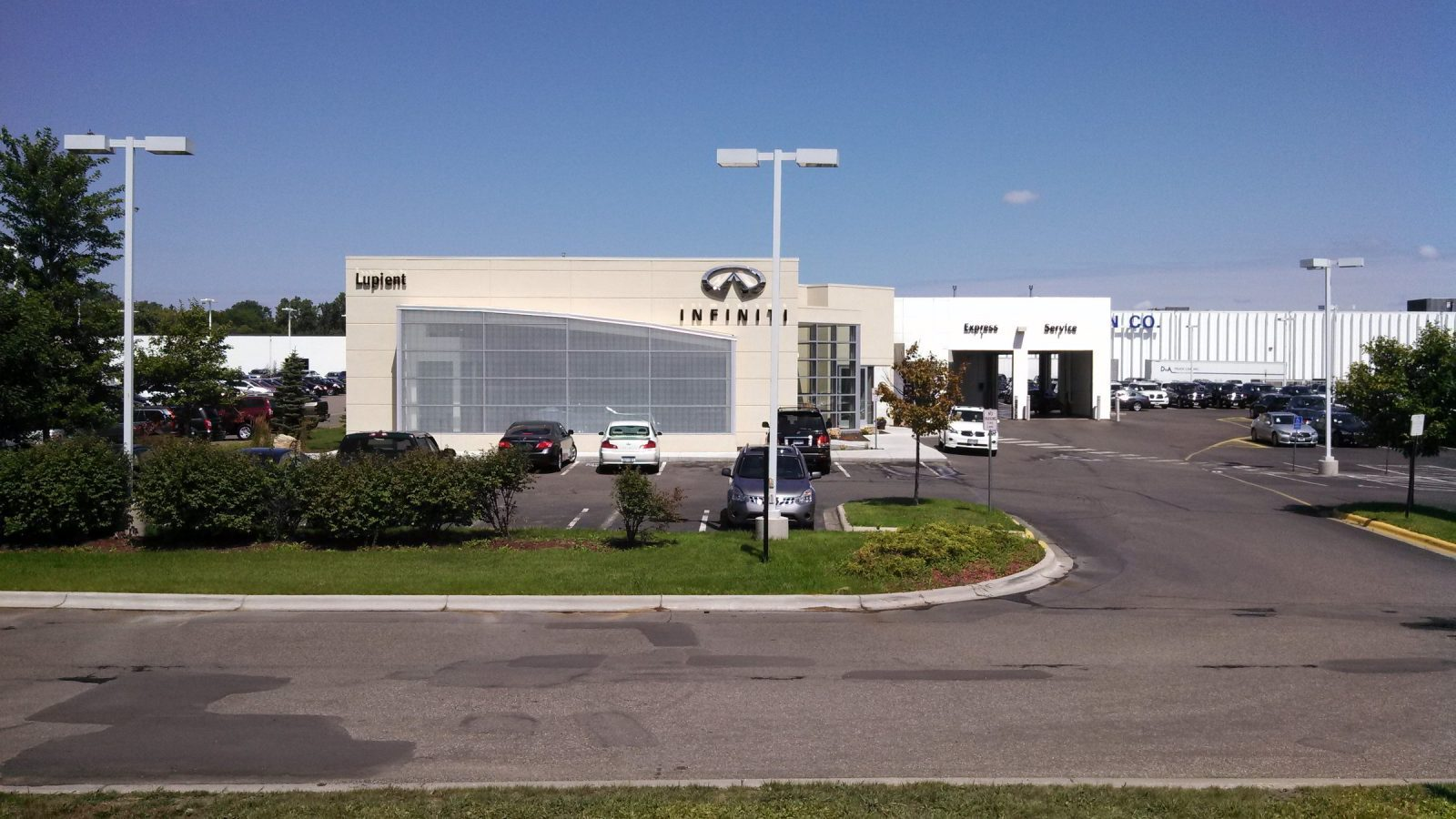 Infiniti Golden Valley